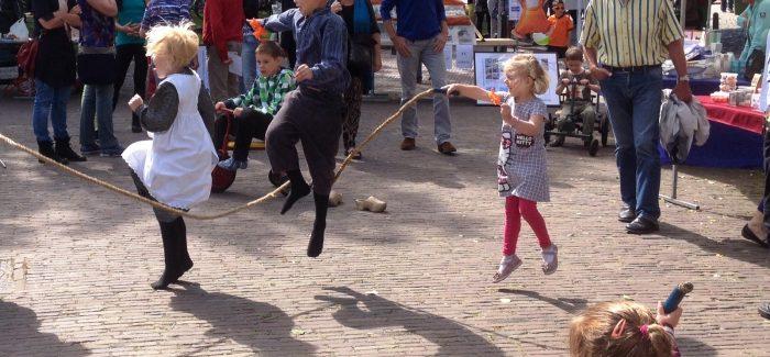 Eerste Toen en Nu Festival, een super gezellig feestje op de Brink in Roden!