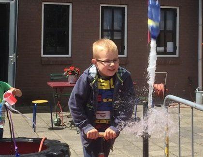 Junk Art en Waterraketten bouwen & lanceren tijdens de zomervakantie