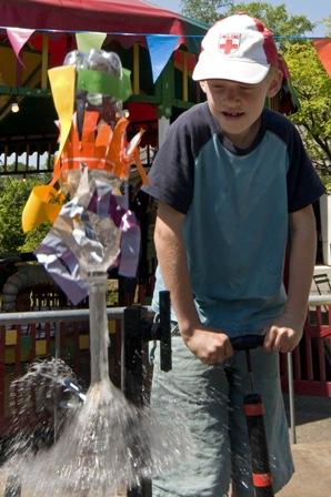 Spetterend waterspektakel in Speelgoedmuseum Kinderwereld!